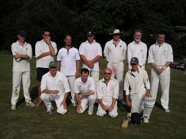 Picture of players of 30 over game